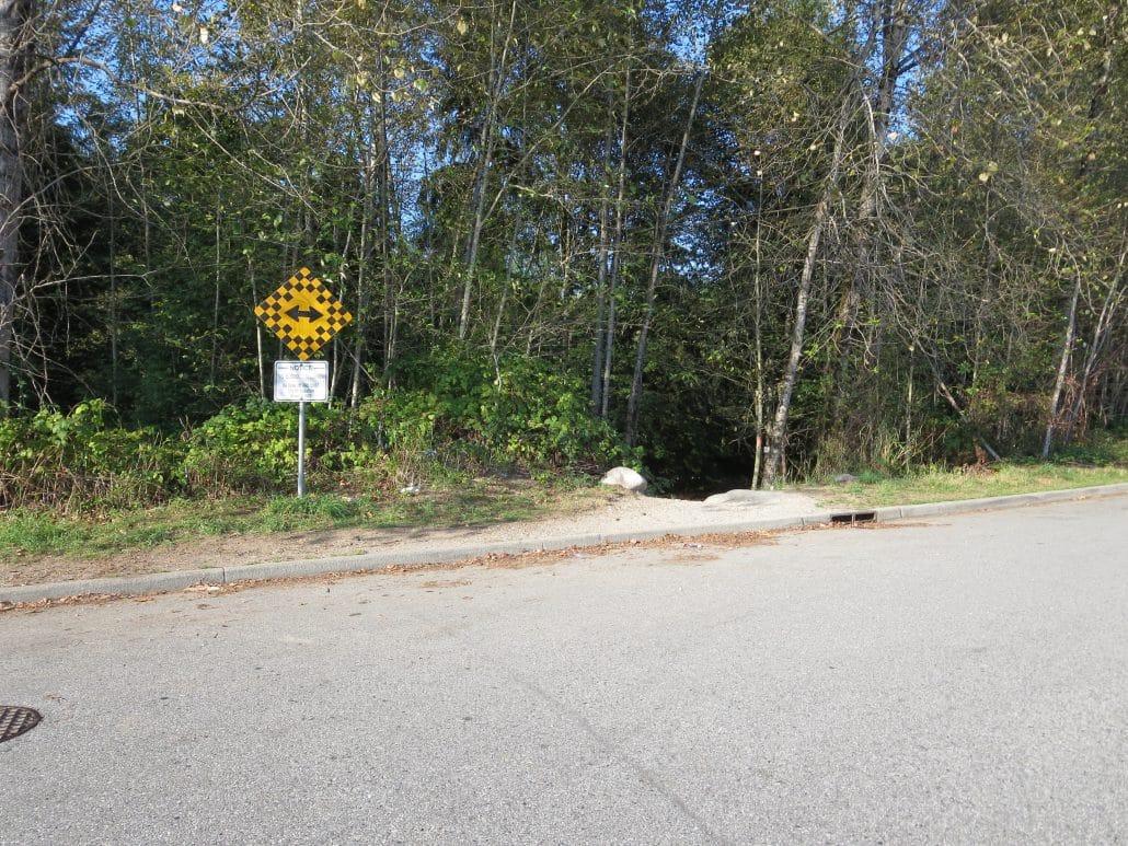 Coquitlam River Trail to Crystal Falls, Coquitlam, BC - Trailhead