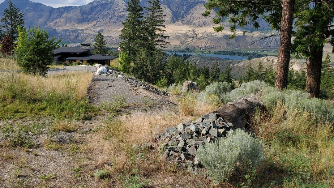 Trailhead - Capilano Off-Leash Dog Park - Kamloops - BC (3)