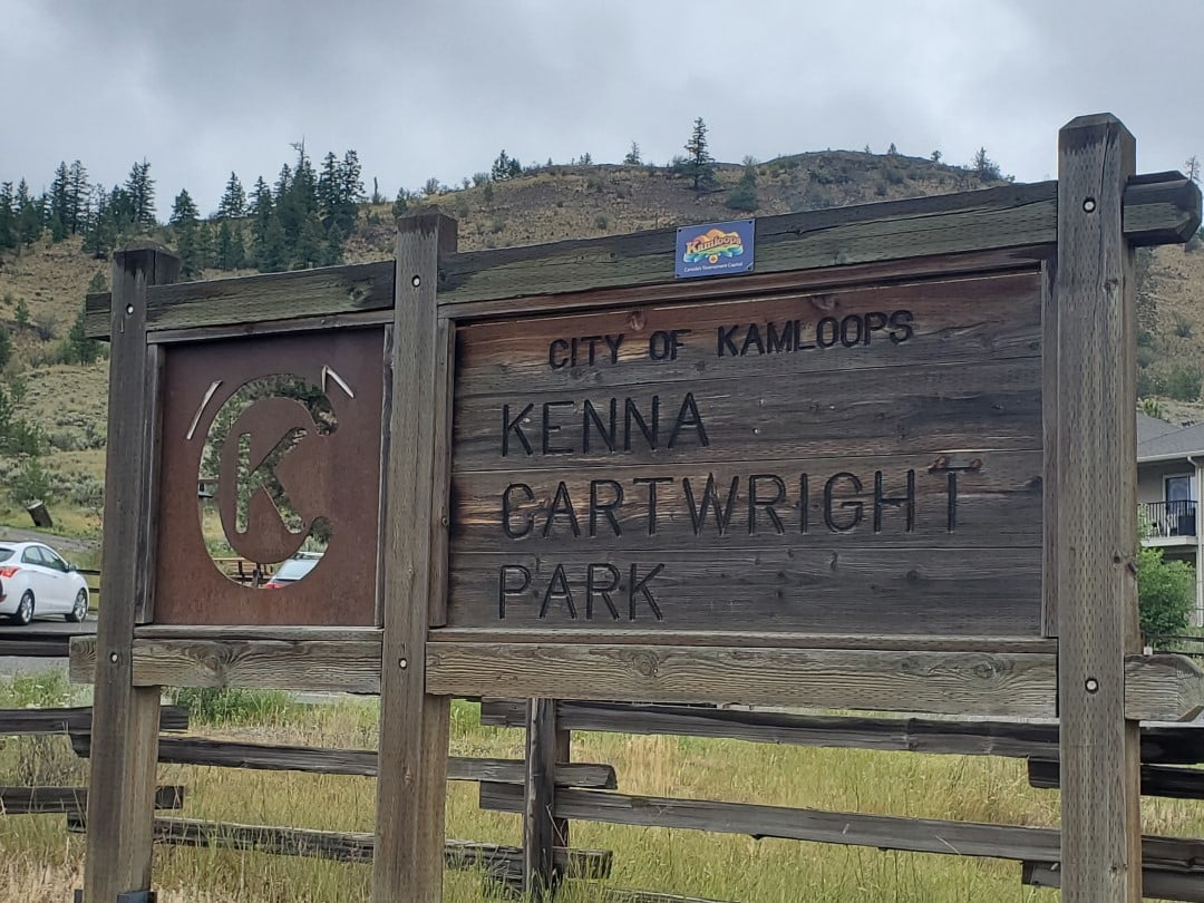 Kenna Cartwright Nature Park Off-Leash Dog Park - Hillside Drive Trailhead - Kamloops -BC (8)